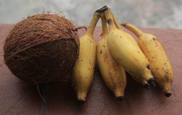 Les petits pots de Soan: Compote de petites bananes et noix de coco