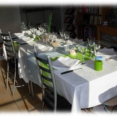Table en bleu et vert