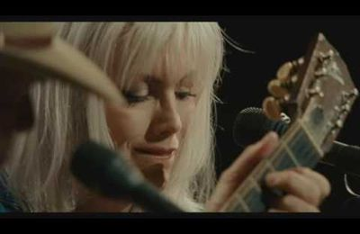 Neil Young & Emmylou Harris - Old King (Live)