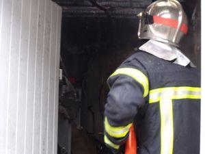 Incendie au n°2 rue de la Fontaine à Algrange, le 19 juin 2010