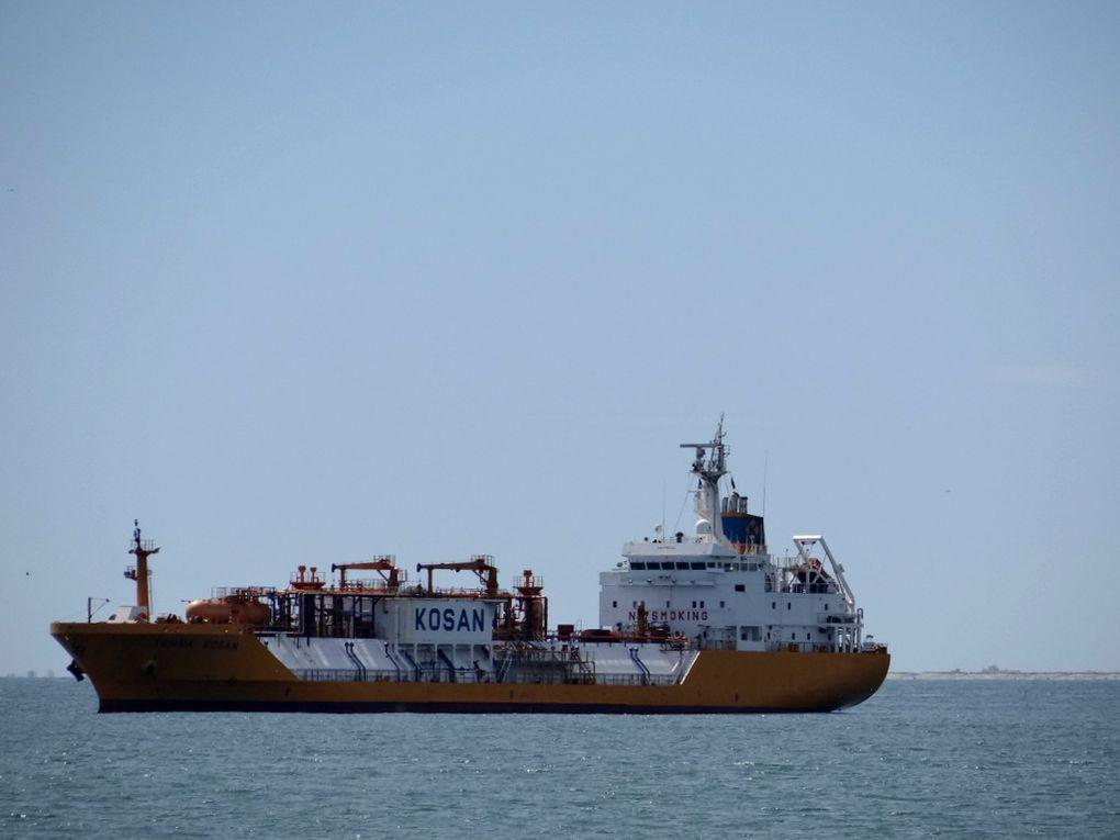 TENNA KOSAN dans le golfe de Fos Sur Mer le 14 avril 2016