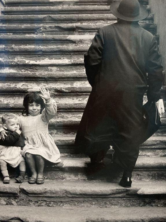 Photos imparfaites prises sur place (Rome, Trastevere, Naples, portraits d'artistes...)