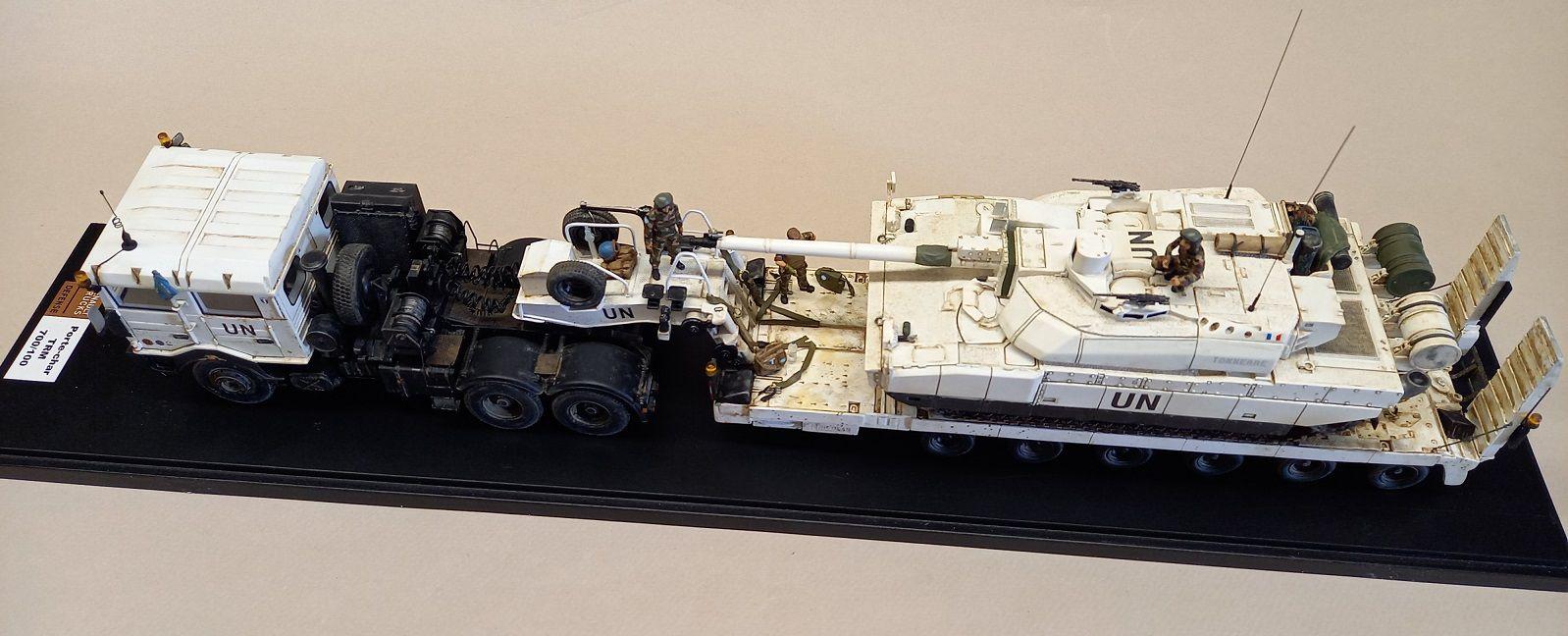   TRM 700-100 + char Leclerc/VBCI  (Master Fighter - 1/48 - par Robert B.) 