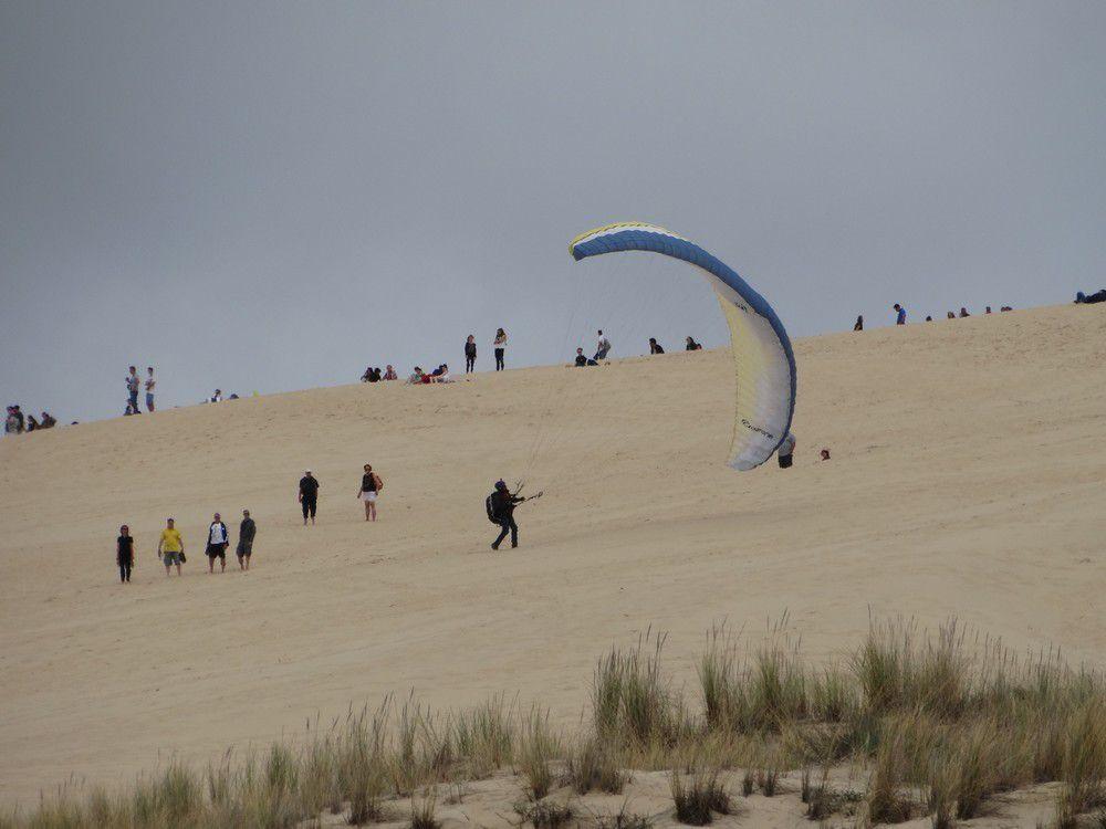 La Dune du Pyla, vue du bas...