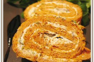 Roulé à la tomate au fromage frais aux herbes