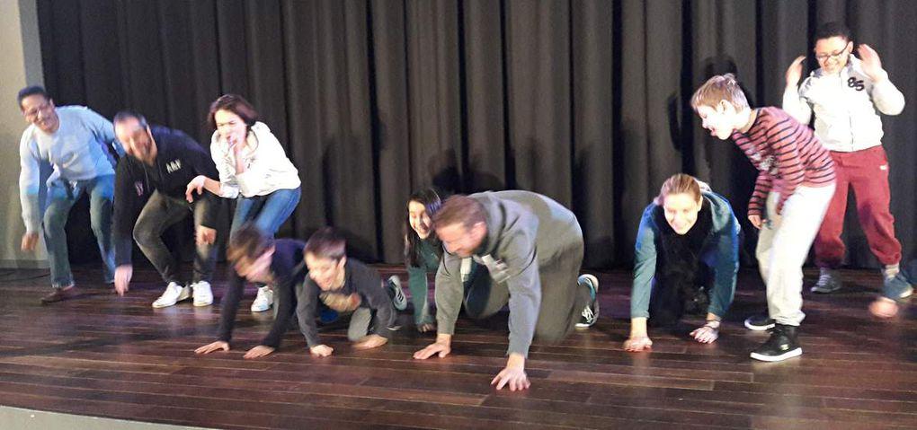 Théâtre d'improvisation.