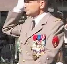 Le chef d'état-major des armées, Pierre de Villiers, claque la porte