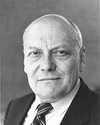 Hommage à Pierre-Alexandre Bourson, Maire de Carrières-sur-Seine de 1970 à 1977 et de 1983 à 2001