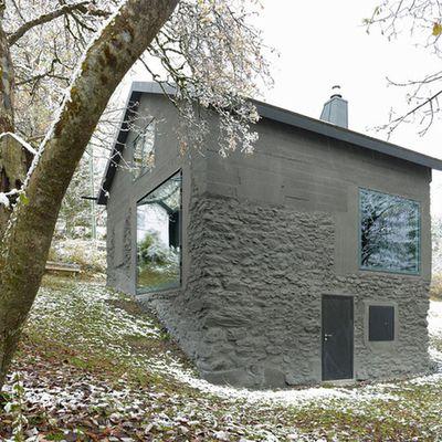 MAISON SAVIOZ, LOCATED IN LA GIÈTE-DÉLÉ, REHABILITATED BY SAVIOZ FABRIZZI ARCHITECTES