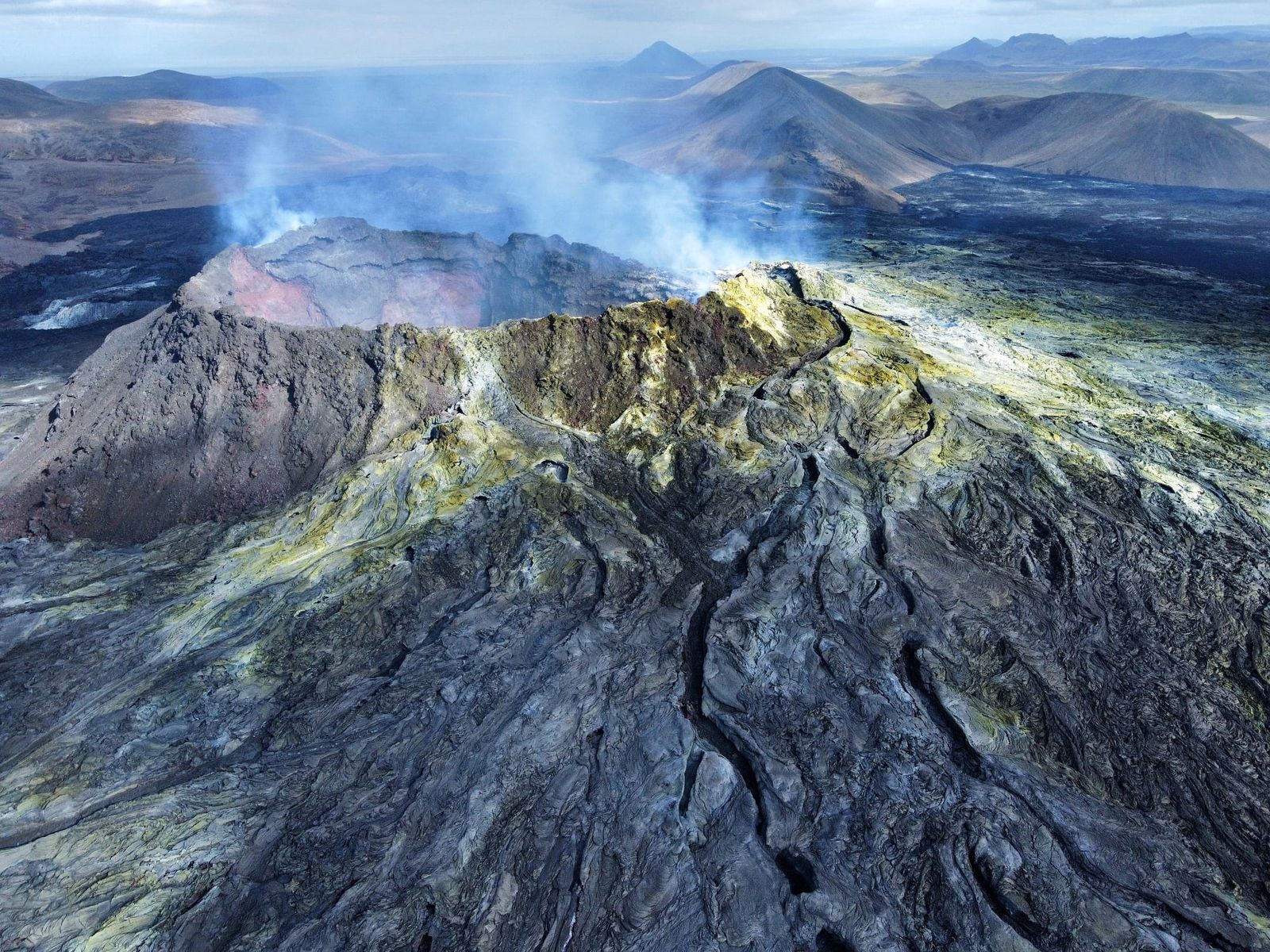 Fagradalsfjall - the active vent - photo Gabriele Formentini 09.09.2021 / Iceland Geology Seismic & Volcanic Activity in Iceland