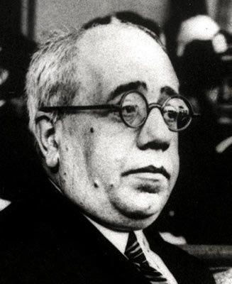 Azana Manuel