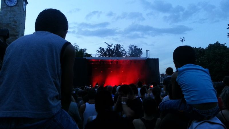 Peut être plus de 5 000 personnes pour le concert de Johnny Clegg.