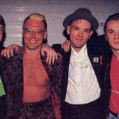 Larry Mullen et Adam Clayton au MTV Rock and Roll Inaugural Ball - Washington-20/01/1993 - U2 BLOG
