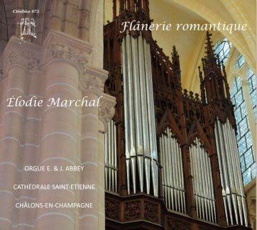 élodie marchal raimond, une grande pianiste et excellente organiste française donnant des récitals d'orgue à l'étranger