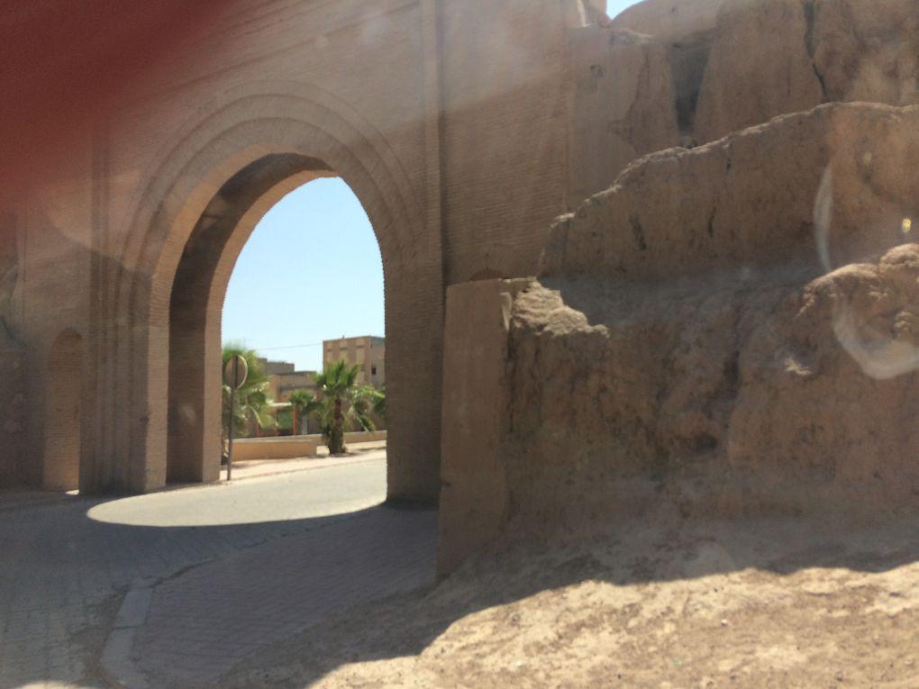 Vue sur la muraille de la ville