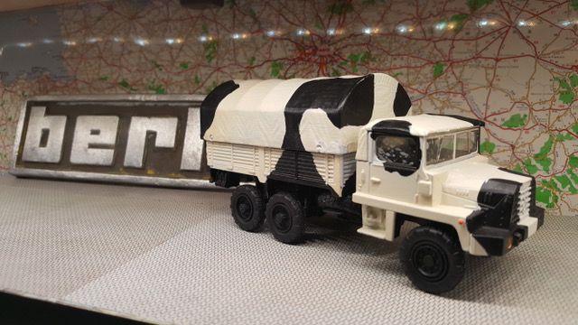 Berliet GBC 8 KT Troupes de montagne - base Solido - divers ajout sur partie arrière et roues