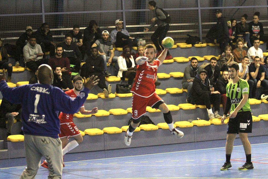 Plus rien ne va en championnat pour Vénissieux Handball avec cette troisième défaite consécutive à domicile.