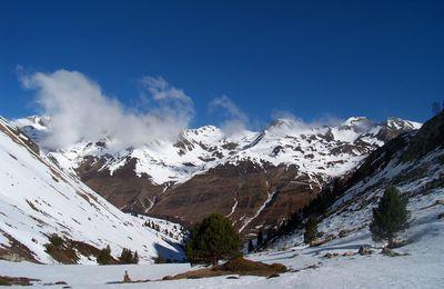 Ski de montagne au pic de Tracens.