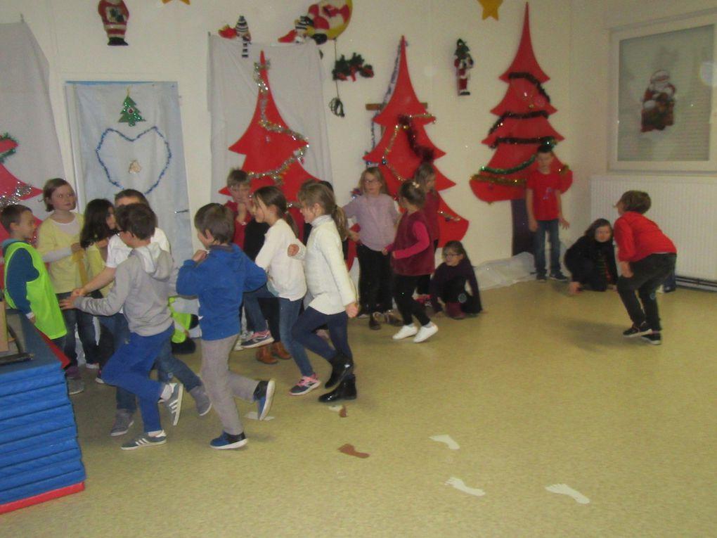 Le Père Noël est passé à l'école......... une deuxième fois