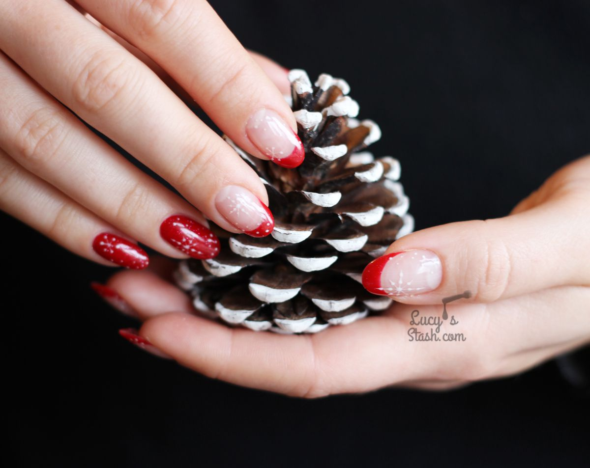 My Snowflake Nails for Christmas 2020 with Semilac UK