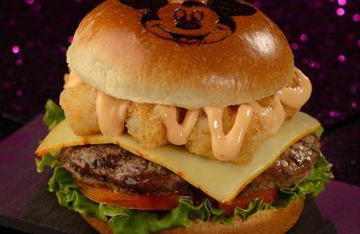 Recette Disney : le Mickey Monster Mash Burger du Cosmic Ray's Starlight Cafe (Walt Disney World)