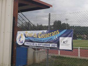 Mises en places des banderoles aux entrées du Couserans