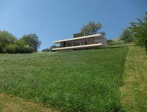 PROJET HABITATION ÉCO-ARCHITECTURE: isolation feutre de bois - toiture végétalisée - maison basse consommation (BBC)
