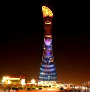 Le mega Building The Torch a #Dubai en feu cette nuit !