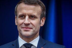 UN PRÉSIDENTE! pas n'importe le quelle le président FRANCAIS « Au pire ça créera des emplois » la sortie scandale de Macron sur le Coronavirus