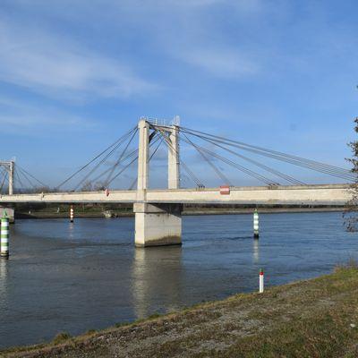Le Pont Albert Caquot à La-Garde-Adhémar (Drôme 26700)