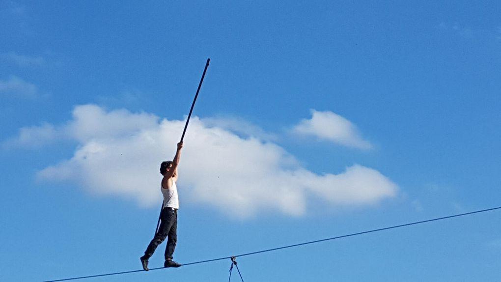 Mazères - Spectacle du cirque Pardi! Rouge Nord