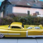 CUSTOM 53 CADILLAC HOT WHEELS 1/64 PICKUP CADILLAC - car-collector.net