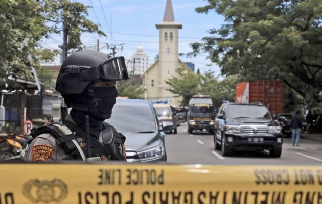 Indonesia: 14 wounded as suspected suicide bomber targets Makassar church