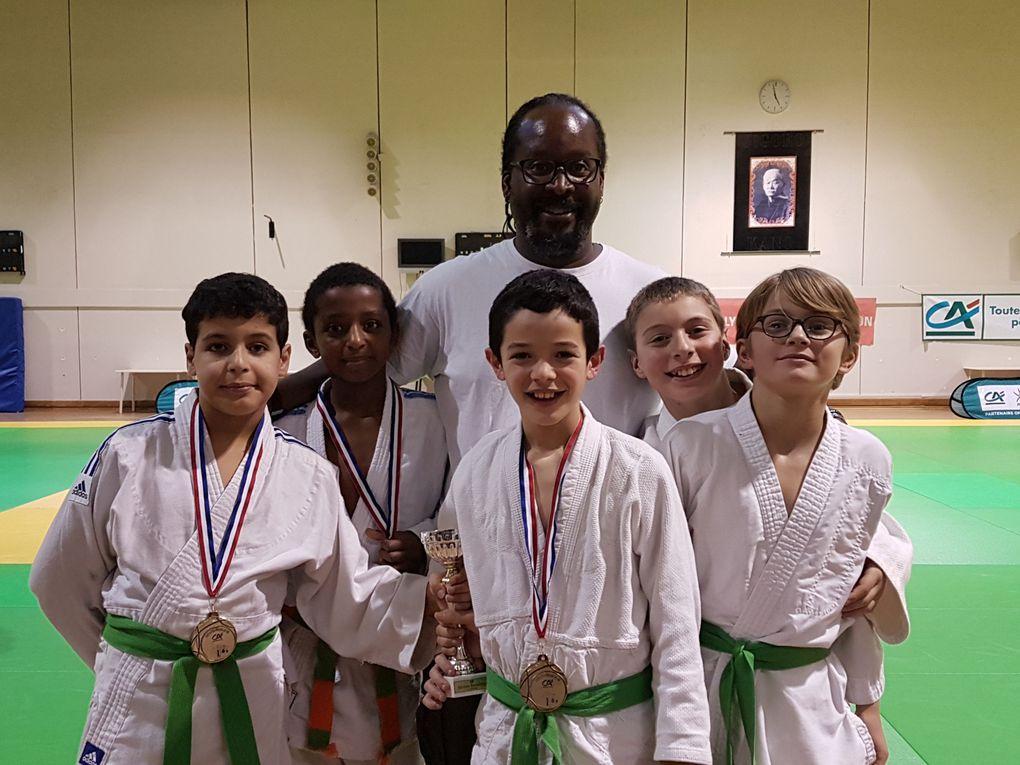 Adam Iafrate, Tariq Coignet et Youssef Hadji l'équipe des benjamins de l'ALVP Judo championne du Rhône - Photo : © ALVP Judo
