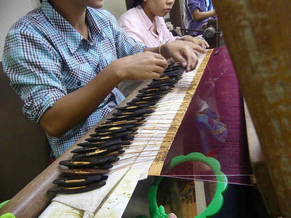 Atelier de tissage de Mandalay