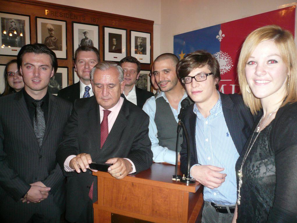 Jean-Pierre Raffarin dine avec les Français du Québec le 16 octobre 2010