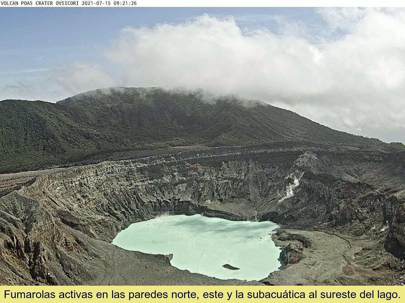 Poas - fumerole sur la paroi interne nord du cratère le 15.07.2021 - webcam Ovsicori
