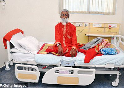 The man who says he hasn't eaten or drunk for 70 years: Why are eminent doctors taking him seriously?