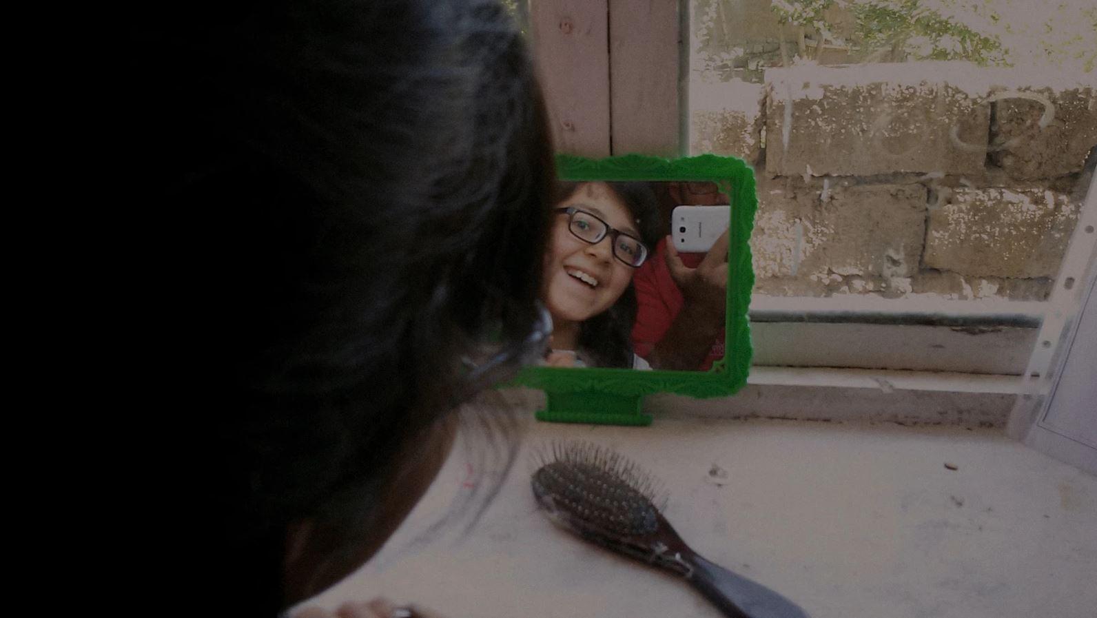 Midnight Traveler (BANDE-ANNONCE) Documentaire de Hassan Fazili - Le 30 juin 2021 au cinéma