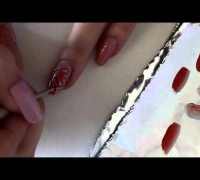 - Tuto - Nail art acidulé avec des papillons en One Stroke.