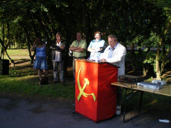 Photos de l'assemblée d'été des communistes au Parc Deleury à Sallaumines