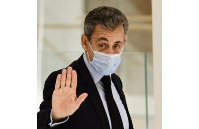 Nicolas Sarkozy condamné pour corruption à trois ans d'emprisonnement, dont un an ferme ne passera pas par la case prison