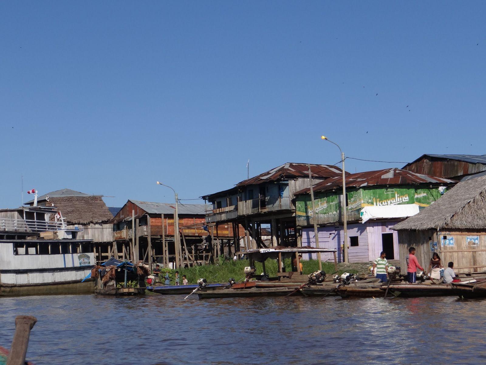 Voyage au PEROU. 2014. IQUITOS Quartier de Belen. PISCO Réserve de Paracas. PUCUSANA. LIMA
