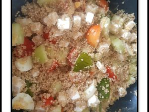 Salade quinoa, concombre, tomates, feta