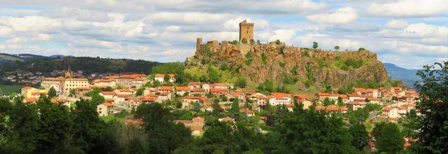 Polignac (1) : le village / Balade en Haute-Loire