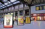 La Gare de Lyon encombrée de publicité du sol au plafond