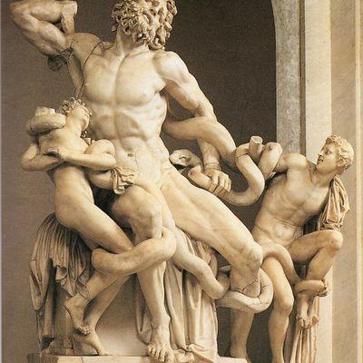 Il Laocoonte è un'opera di Michelangelo