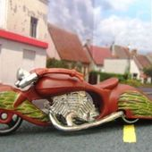 W-OOZIE MOTO HOT WHEELS 1/64 - car-collector.net