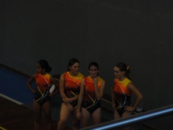 La compétition par équipe au Port le 17/04/2001 avec Davina, Pauline, Sarah, et Morgan, toutes âgées de moins de 15 ans... et moi! pour augmenter un peu la moyenne d'âge ;-)