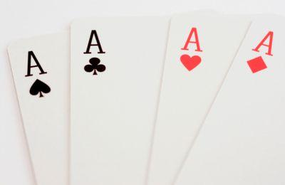 Correspondances entre jeu de 52 cartes avec les 4 symboles, 4 saisons, 4 éléments naturels